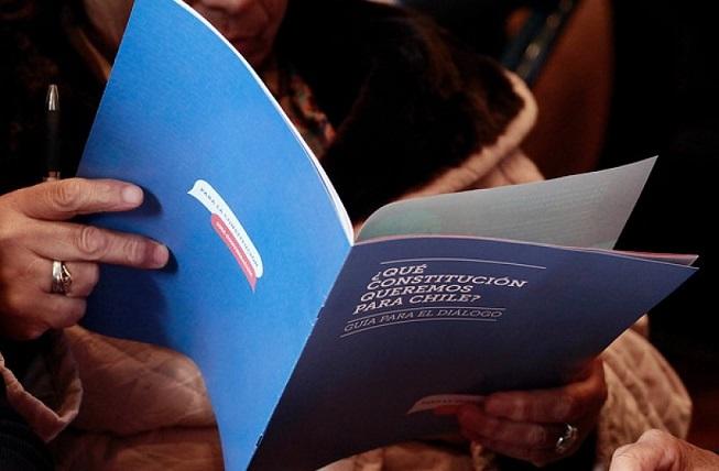 Nueva Constitución y Nuevo Modelo Económico