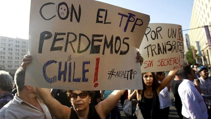 ORGANIZACIONES CHILENAS MARCHAN CONTRA TPP, AL QUE ACUSAN DE VIOLAR DERECHOS